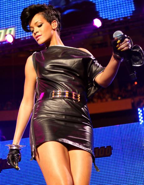 RihannaConcert1